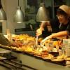揚げたて天ぷらは種類も豊富