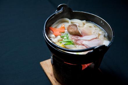 冬にはやっぱりうどん入りの鍋